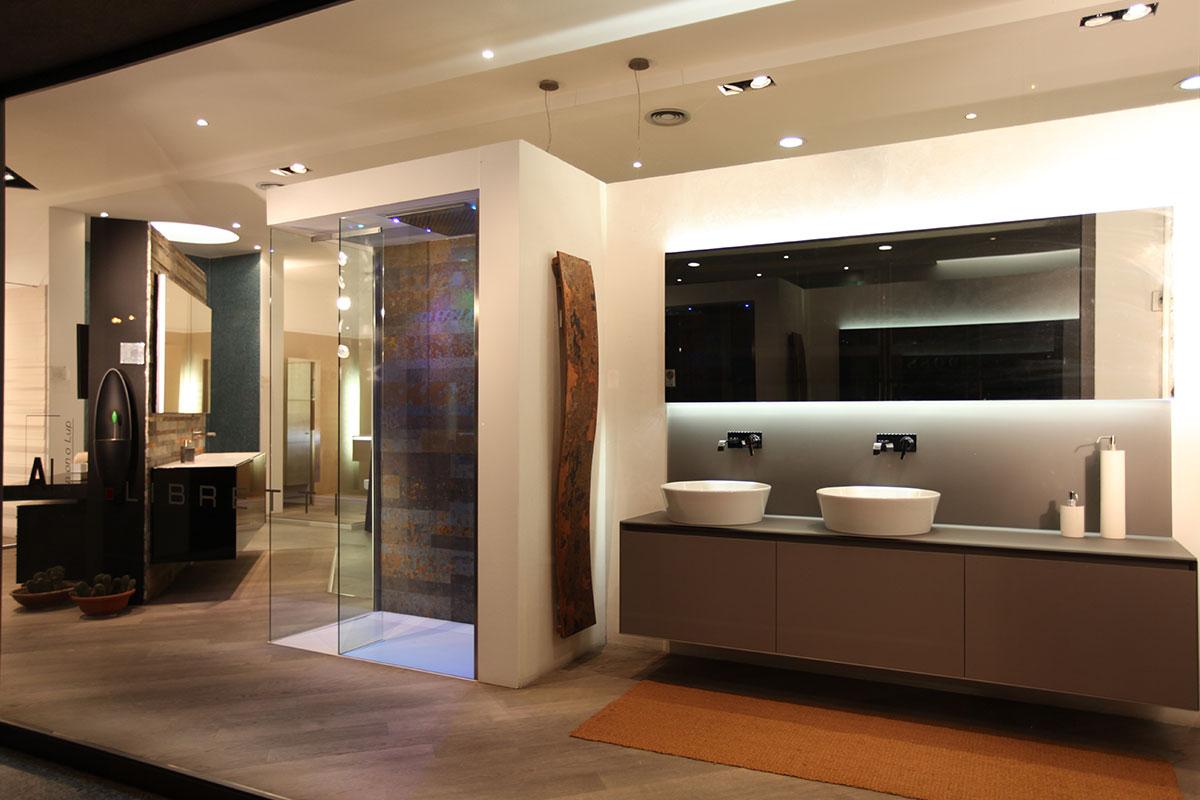 ristrutturazione di interni, arredo bagno, complementi da bagno ... - Libretti Arredo Bagno Lissone