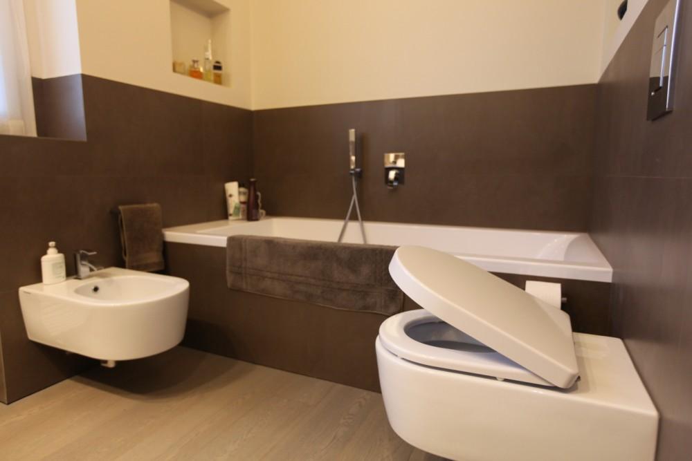 Arredo bagno seregno arredo bagno scontato per rinnovo for Arredo bagno seregno